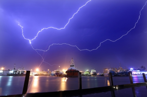 Lightning over fishing boat harbour1