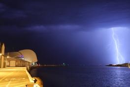 Lightning over Maritime museum2
