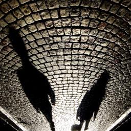 Shadows on la rue de l'Etuve small
