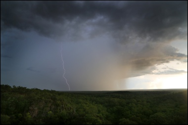 Litchfield lightning3 CG