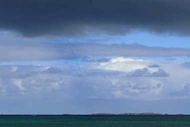 Fremantle waterspout_4
