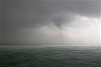 Fremantle waterspout