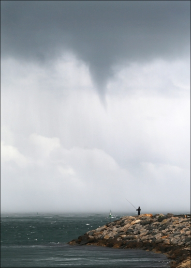 Waterspout_6