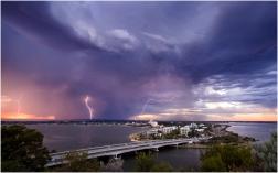 Perth lightning-1-3s
