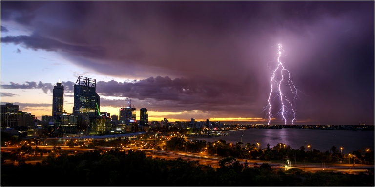 stormy-sunrise-over-perth_entry