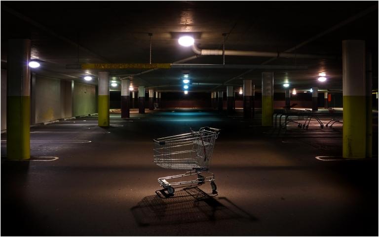 shopping-trolley-noir_subject_158