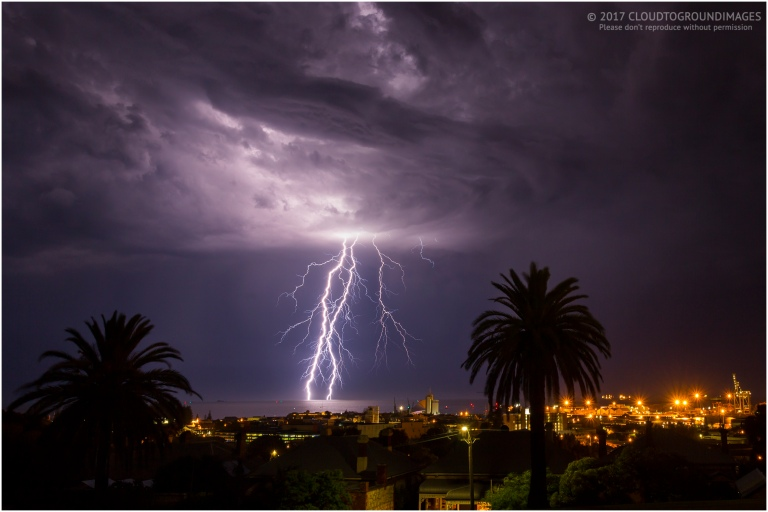 freo-lightning_march_1st_2017_3s